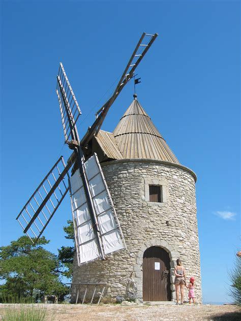 le moulin file moulin montfuron 2 jpg wikipedia