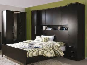 working on small bedrooms with bed fitted wardrobes