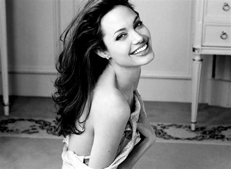 angelina jolie wallpaper black and white angelina jolie hot black and white wallpapers black and