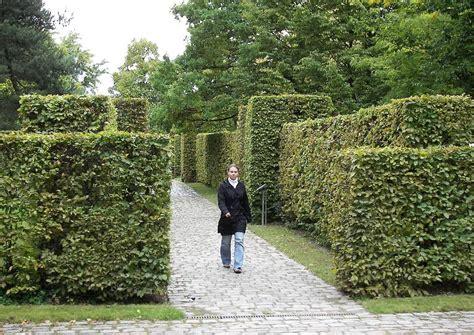 Britzer Garten Gartenplan by Abgestufte Hainbuchenhecken Beherbergen Kleine Gaerten
