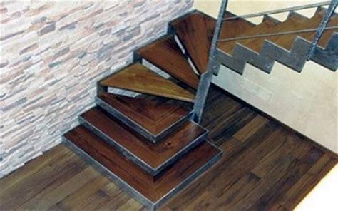 larghezza scale interne carpenteria eurotest progetti di scale a chiocciola