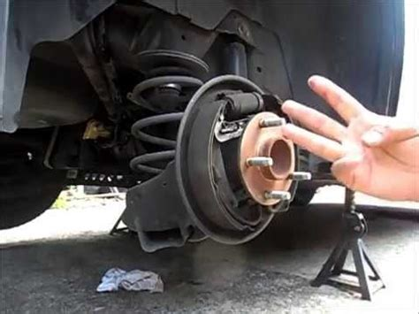 rear shock replacement 2006 chevrolet hhr shocks install remove replace youtube diy 2006 2011 hhr rear brake shoes youtube