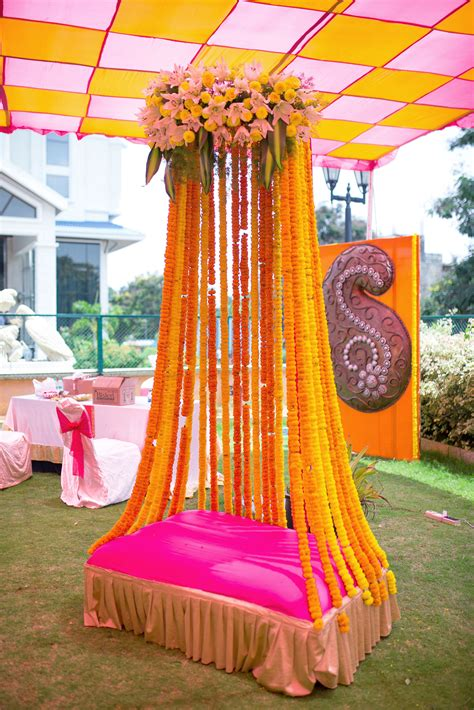 unique home decorations withal simple indian wedding has your decorator shown you these 12 unique floral
