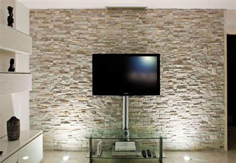 rivestimenti interni in pietra finta foto rivestimento in pietra di pittore edile decoratore