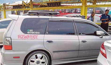 Cermin Kereta Honda Odyssey penjawat awam ditahan miliki kereta klon harian metro