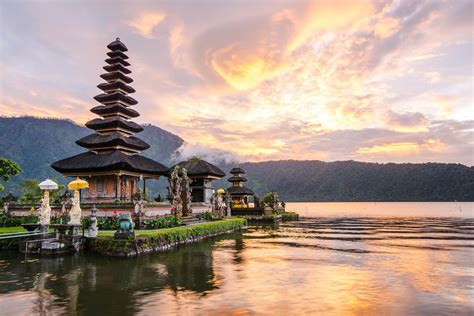 Guide To Bali backpackers guide to bali indonesia