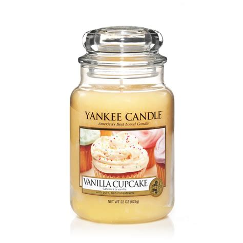 candele yankee yankee candle vanilla cupcake large jar candle and gift