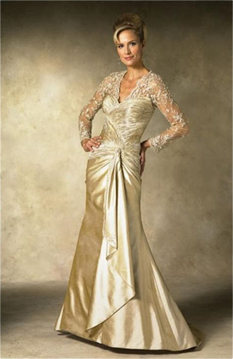 finding stylish and appropriate mature wedding dresses