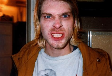 Most Tragic Suicides by Kurt Cobain Tragic Suicides
