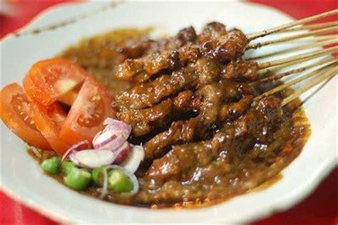 Makanan Enak Sate Kambing resep membuat sate ayam bumbu kacang enak resep masakan