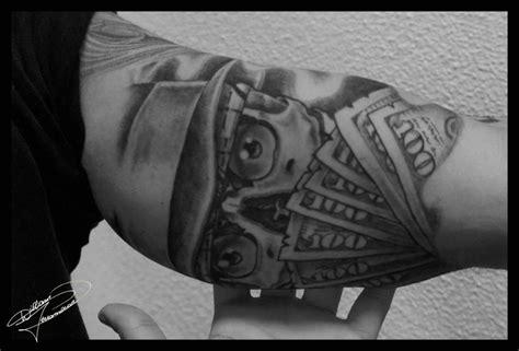tattoo oriental preto e cinza tatuagem preto e cinza curioso e ocioso