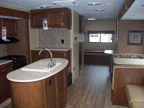 Rv Kitchen Island by New 2016 Sport Trek 320vik Travel Trailer With Bunks And