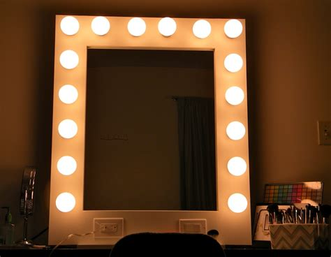 White Vanity Mirror With Lights Furniture Rectangle Vanity Mirror With Light Bulbs And