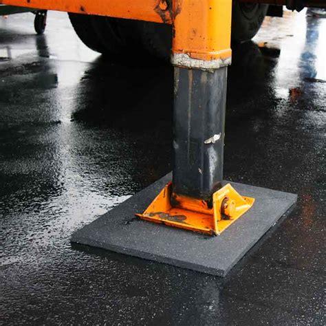 Rubber Utility Flooring by Rubber Utility Mats Rubberized Floor Mats Black Rubber Mat