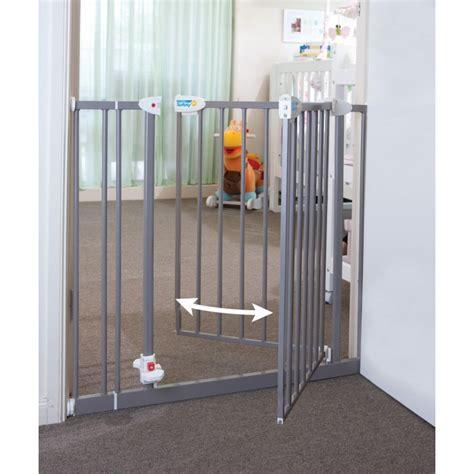kids door swing safety gates for kids homesfeed