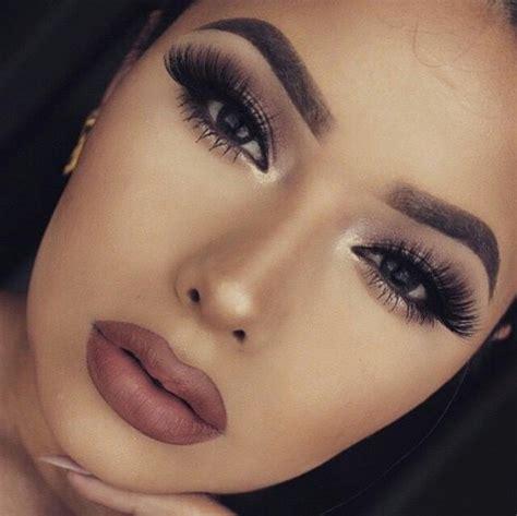 Kuas Make Up Makeover eyeshadow make up makeup image