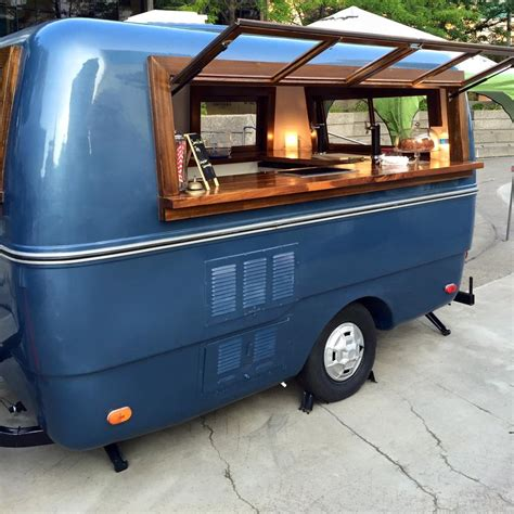 mobile bar catering windsoreats launches the traveller a mobile bar with