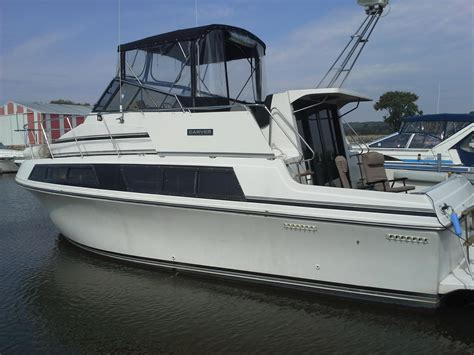 32 ft carver used boats 32 foot boats for sale in il boat listings