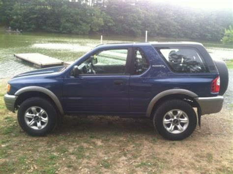 2002 Isuzu Rodeo 2 Door by Sell Used 2002 Isuzu Rodeo Sport S Sport Utility 2 Door 2