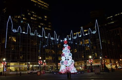 tree lughting seattle market unity tree market square aglow with sustainable lighting 171 imaginepittsburgh now