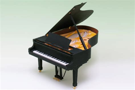 Piano Papercraft - a grand piano show in missoula