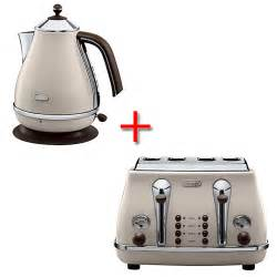 delonghi vintage icona beige kettle and toaster set