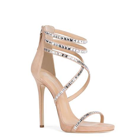 jennifer lopez zapatos la nueva colecci 243 n de jlo con zanotti lujo y sofisticaci 243 n