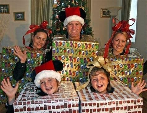 images of christmas family portraits funny family pictures very funny pics