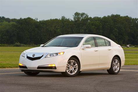 first acura acura achieves historic first in crash test ratings