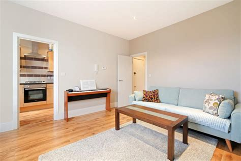 one bedroom london rent 1 bed flat to rent paddenswick road london w6 0ub