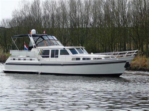 boot huur friesland adema kruiser 1350 huren heerenveen nederland