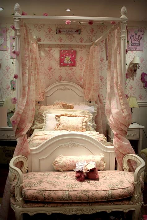 cute girls bedroom designs    fairy tales