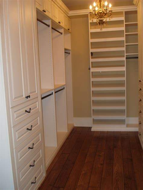 Small Walk In Closet Layout Walk In Closet Traditional Closet Chicago By Closet Organizing Systems