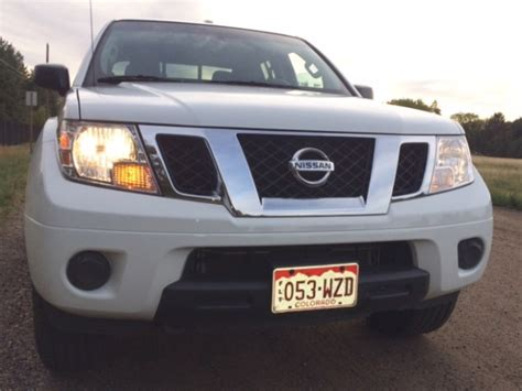 nissan frontier sv reviews and bold the 2014 nissan frontier sv 4x4 review