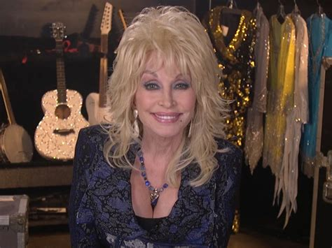 does dolly parton have tattoos 9 does dolly parton tattoos 15 tatuaggi da