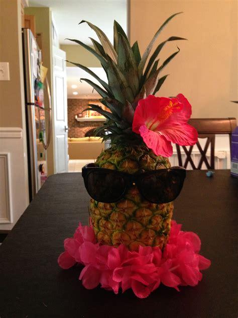 pineapple centerpiece event planning class ideas luau