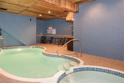 Tennessee Cabins With Pools by Forested With An Indoor Pool With Waterfall Homeaway Sevierville