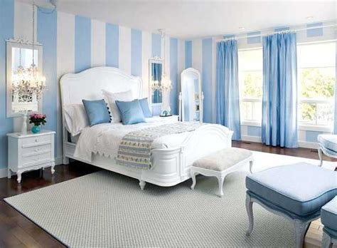 Impressionnant Double Rideaux Chambre Adulte #5: blue-bedroom-decorating-ideas-13.jpg