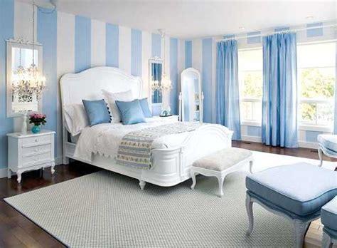 Impressionnant Double Rideaux Chambre Adulte #5: blue-bedroom-decorating-ideas-13.jpg