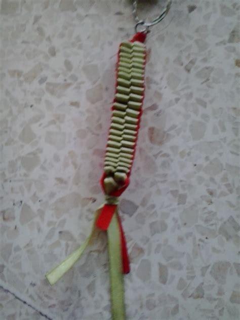 membuat gantungan kunci pita kreasi seni ku berkarya seni dengan kerajinan gantungan pita