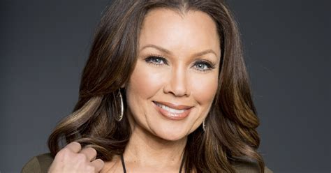 2 Story Homes by Vanessa Williams Adds Designer To Her Resume