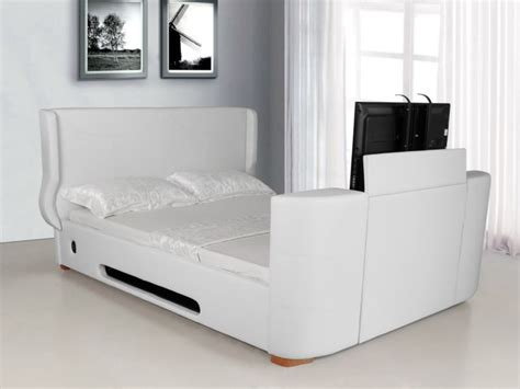 King Size Tv Bed Frame Best 25 Tv Bed Frame Ideas On Pinterest Pottery Barn Hallway Wall Decor And Scandinavian