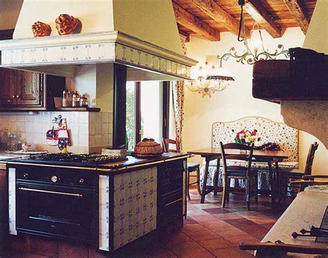 piastrelle sopra piastrelle piastrelle cucine in muratura simple piastrelle cucine
