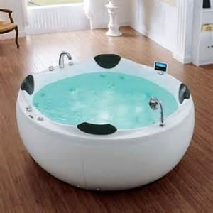 riesige badewanne hydra large freestanding whirlpool bath 1850x1850mm