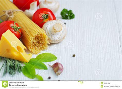 ingredient cuisine ingr 233 dients de cuisine italienne traditionnelle photo