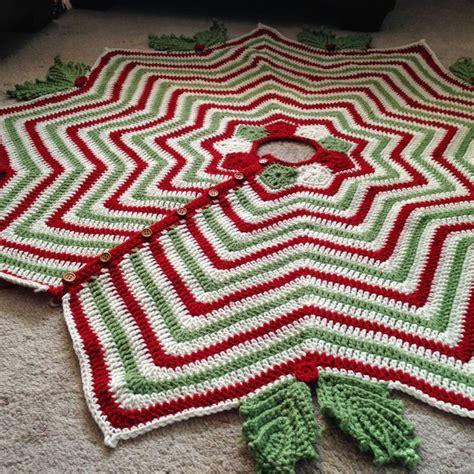 christmas ripples tree skirt pattern christmas tree skirt secret mountain includes crochet