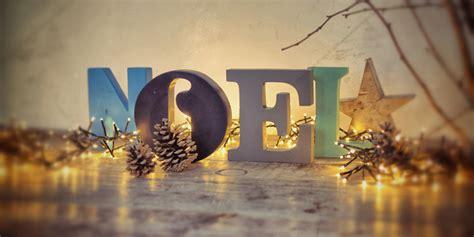 türkränze für weihnachten wohnzimmer ideen beige