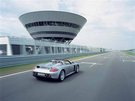 Porsche 918 Vs Carrera Gt by Vrimibolides Porsche Carrera Gt Vs 918 Spyder