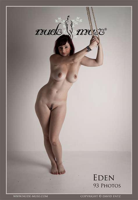 Eden Sher Free Nude Celeb Pics Office Girls Wallpaper
