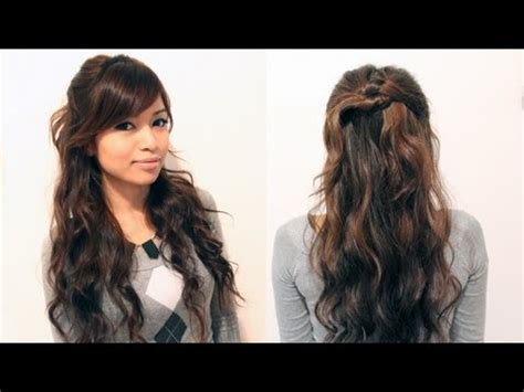 casual christmas hairstyles thumbs up for more holiday hairstyles d click here to